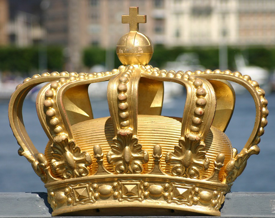 five crowns in the bible